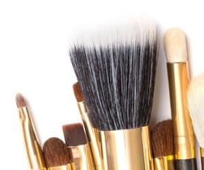 Tip Tuesday: How to Clean Makeup Brushes